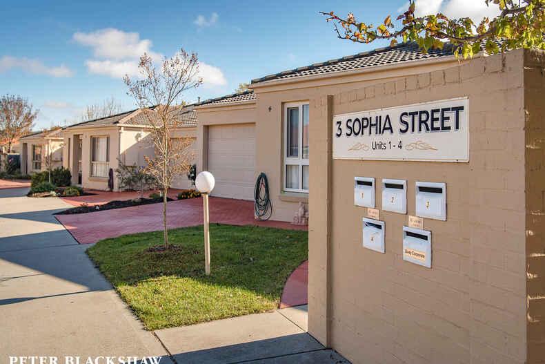 2/3 Sophia Street Amaroo