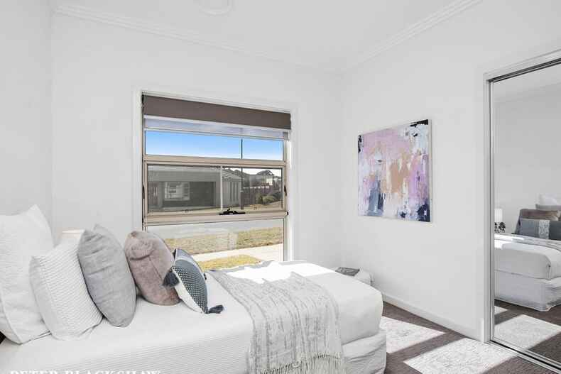 1 Laird Crescent Forde