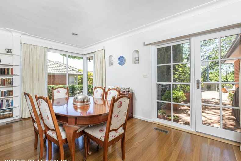 17 Babbage Crescent Griffith