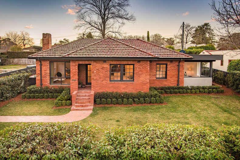 71 Flinders Way Griffith