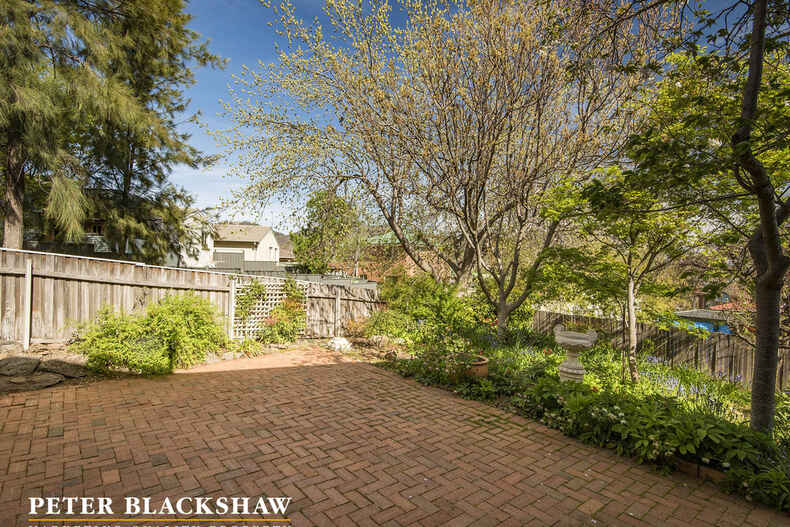 27 Russell Drysdale Crescent Conder