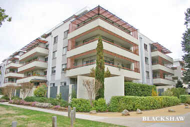 96/23 Macquarie Street Barton
