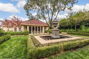 49 Flinders Way Griffith