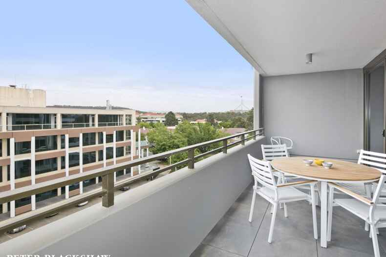 74/44 Macquarie Street Barton