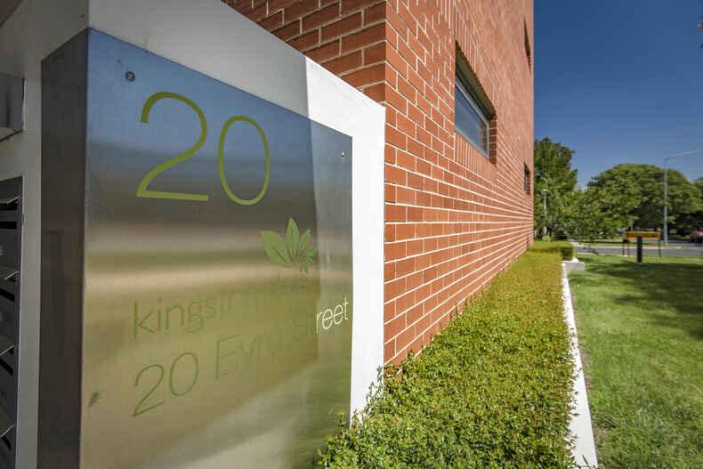 47/20 Eyre Street Kingston