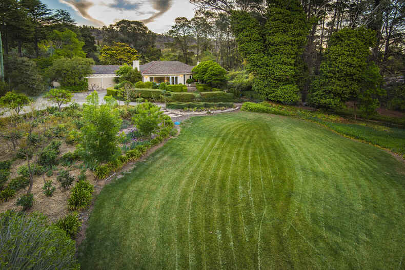 6 Wickham Crescent Red Hill