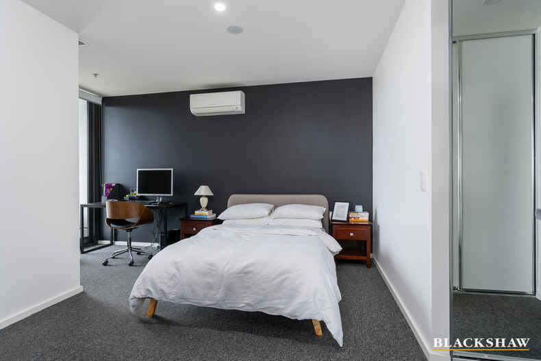 2607/120 Eastern Valley Way Belconnen