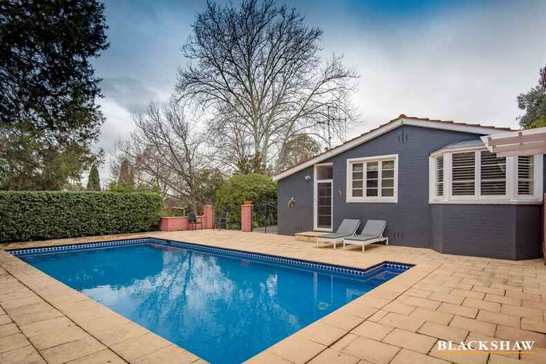 1 Wickham Crescent Red Hill