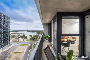 1003/120 Eastern Valley Way Belconnen