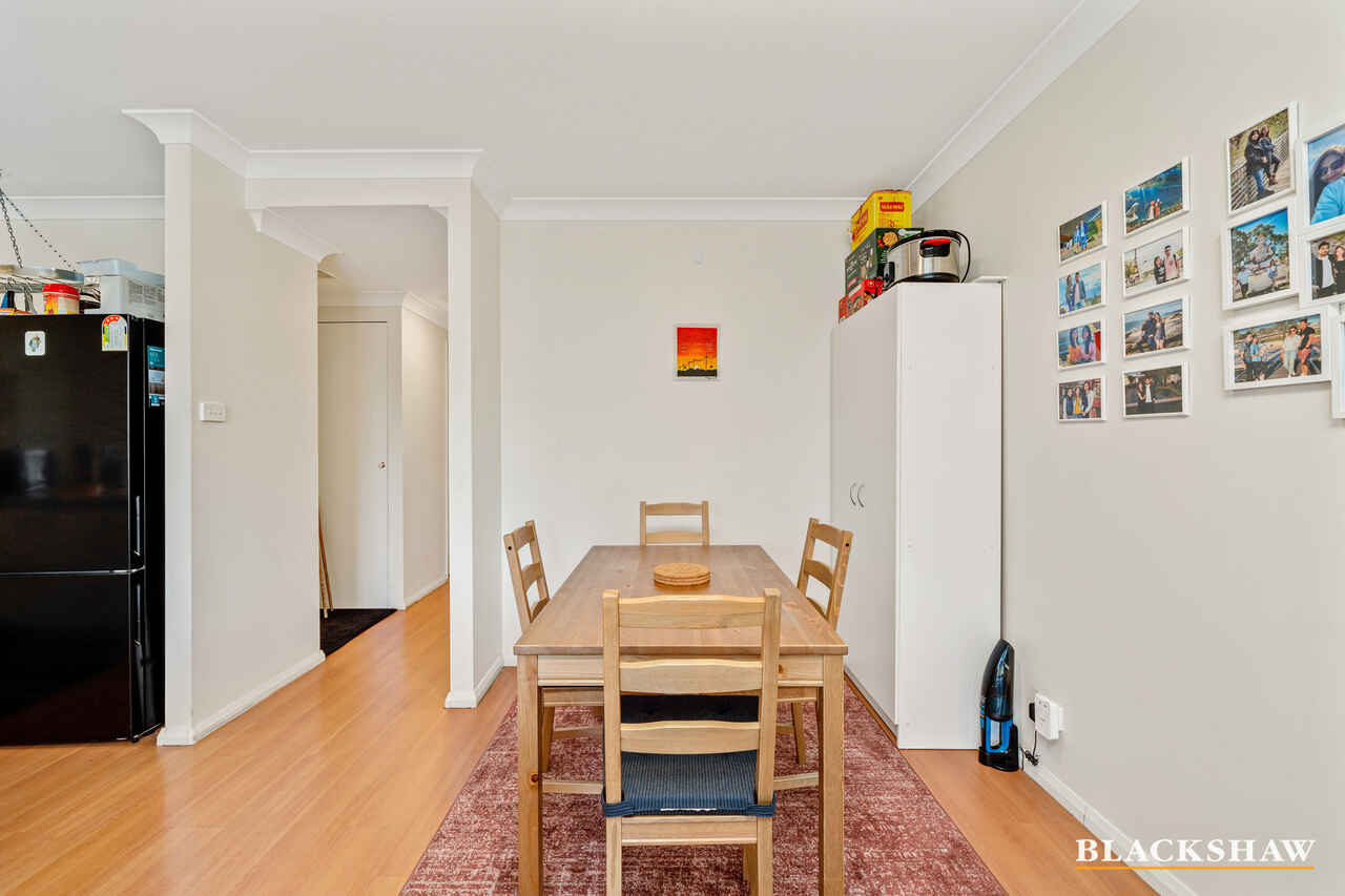40/53 McMillan Crescent Griffith