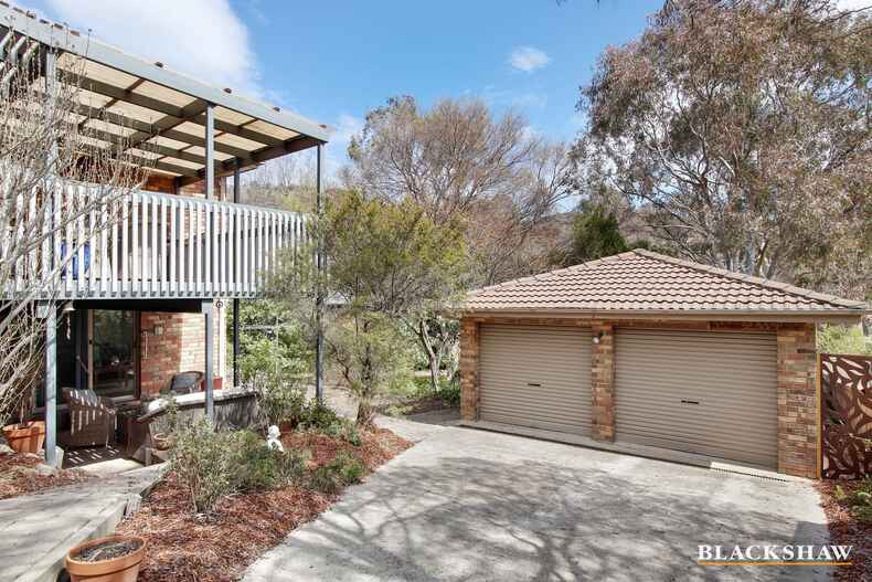 4 McBride Place Calwell