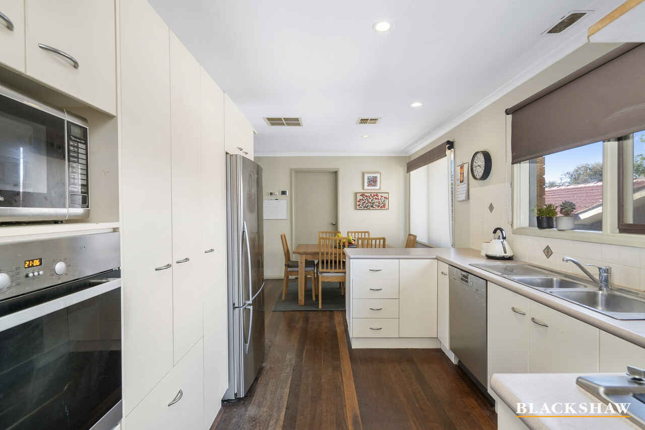 8 Trenwith Close Spence