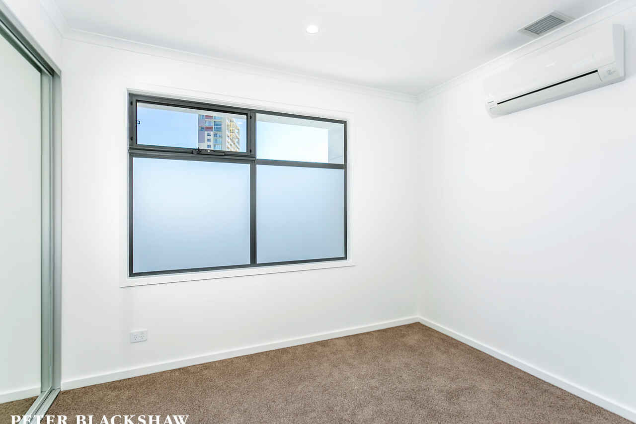 36/128 Easty Street Phillip