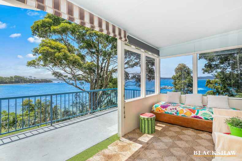 19 Bronte Crescent Sunshine Bay