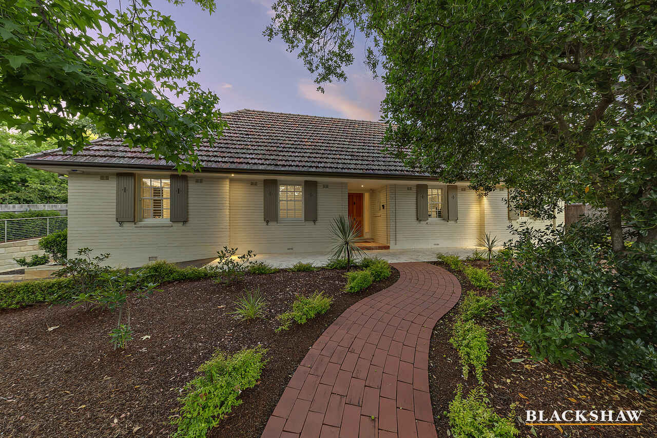15 Durville Crescent Griffith