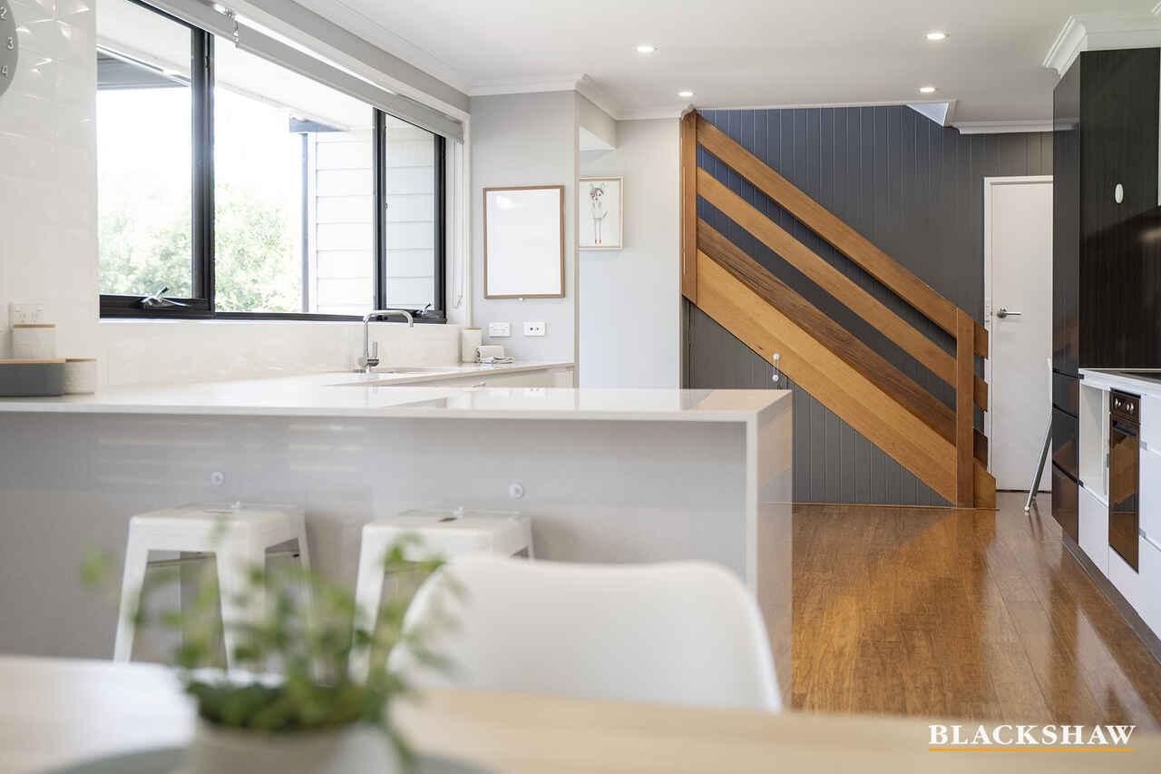 83 Bennelong Crescent Macquarie