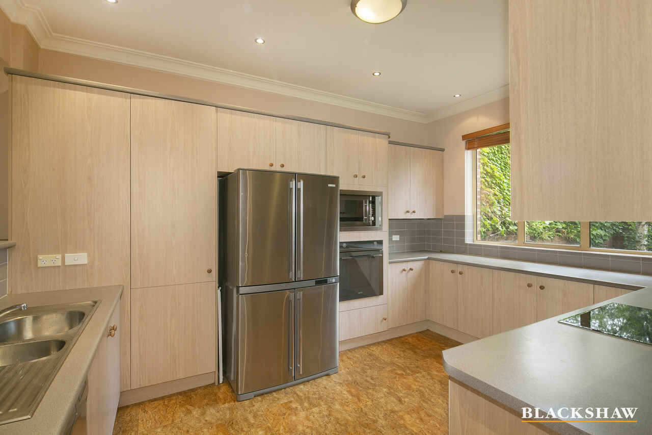 6/3 Ovens Street Kingston