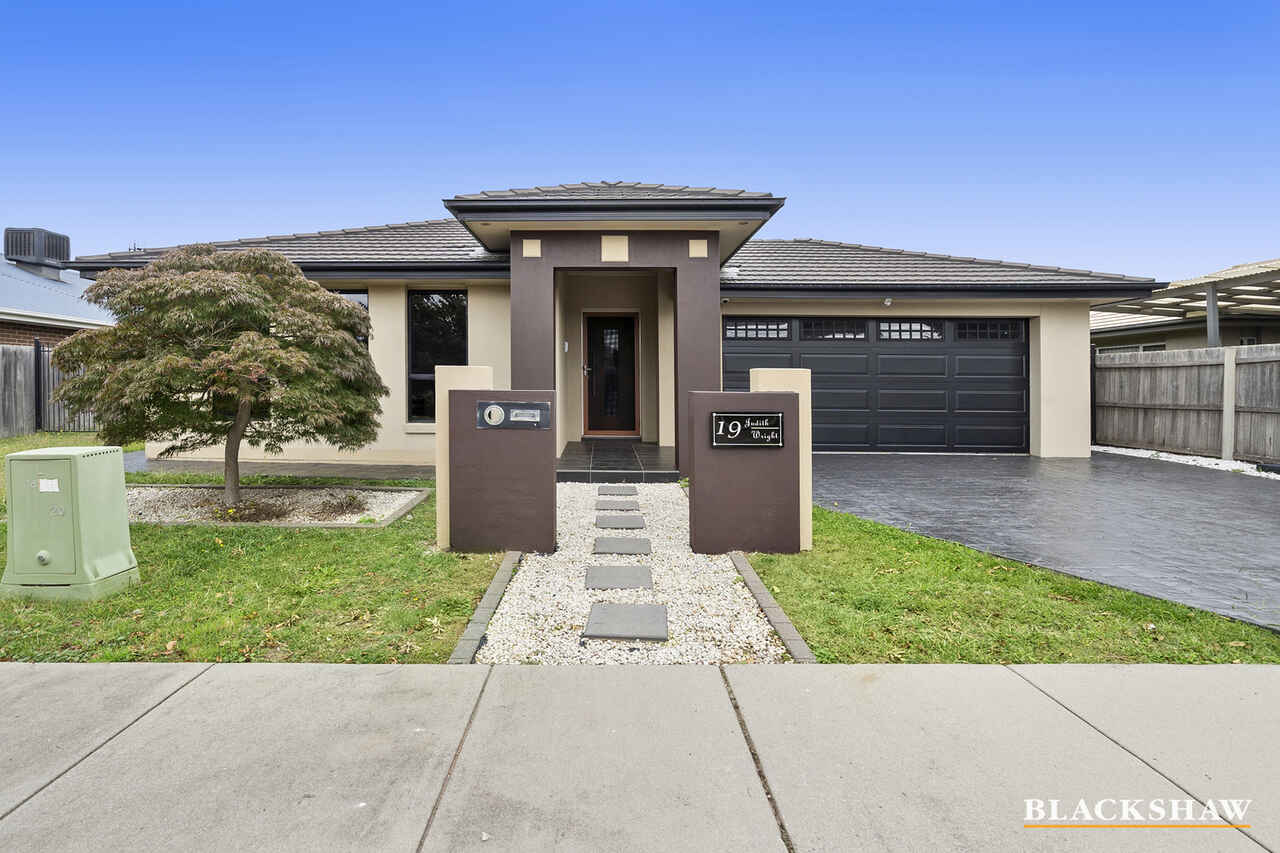19 Judith Wright Street Franklin