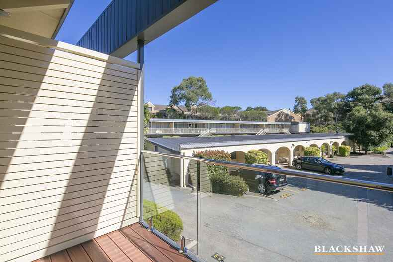 56/47 McMillan Crescent Griffith