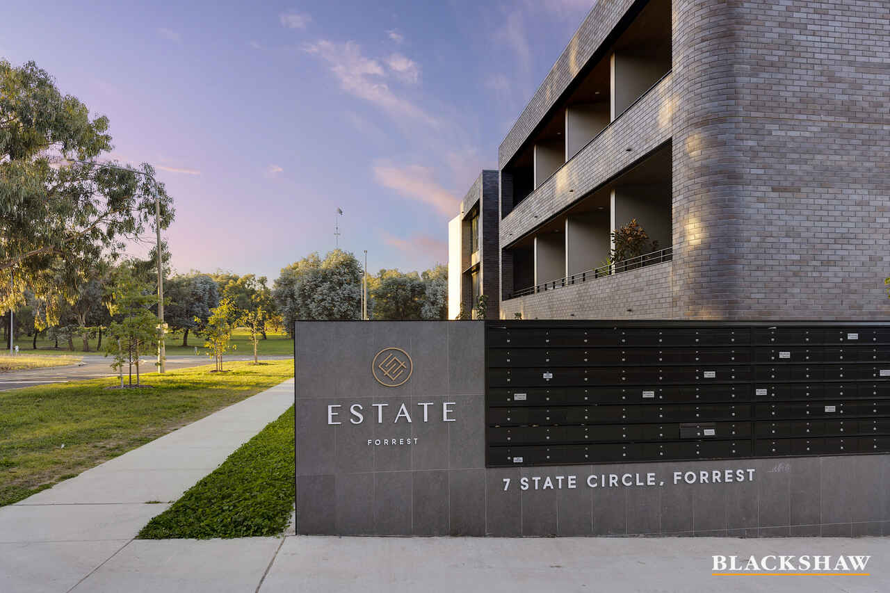 57/7 State Circle Forrest