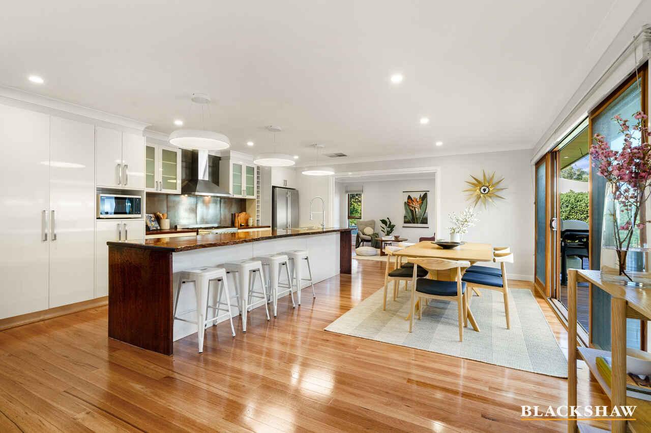 7 Bennelong Crescent Macquarie
